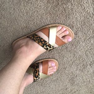 Chinese Laundry Gold/tan/cheetah strappy sandals
